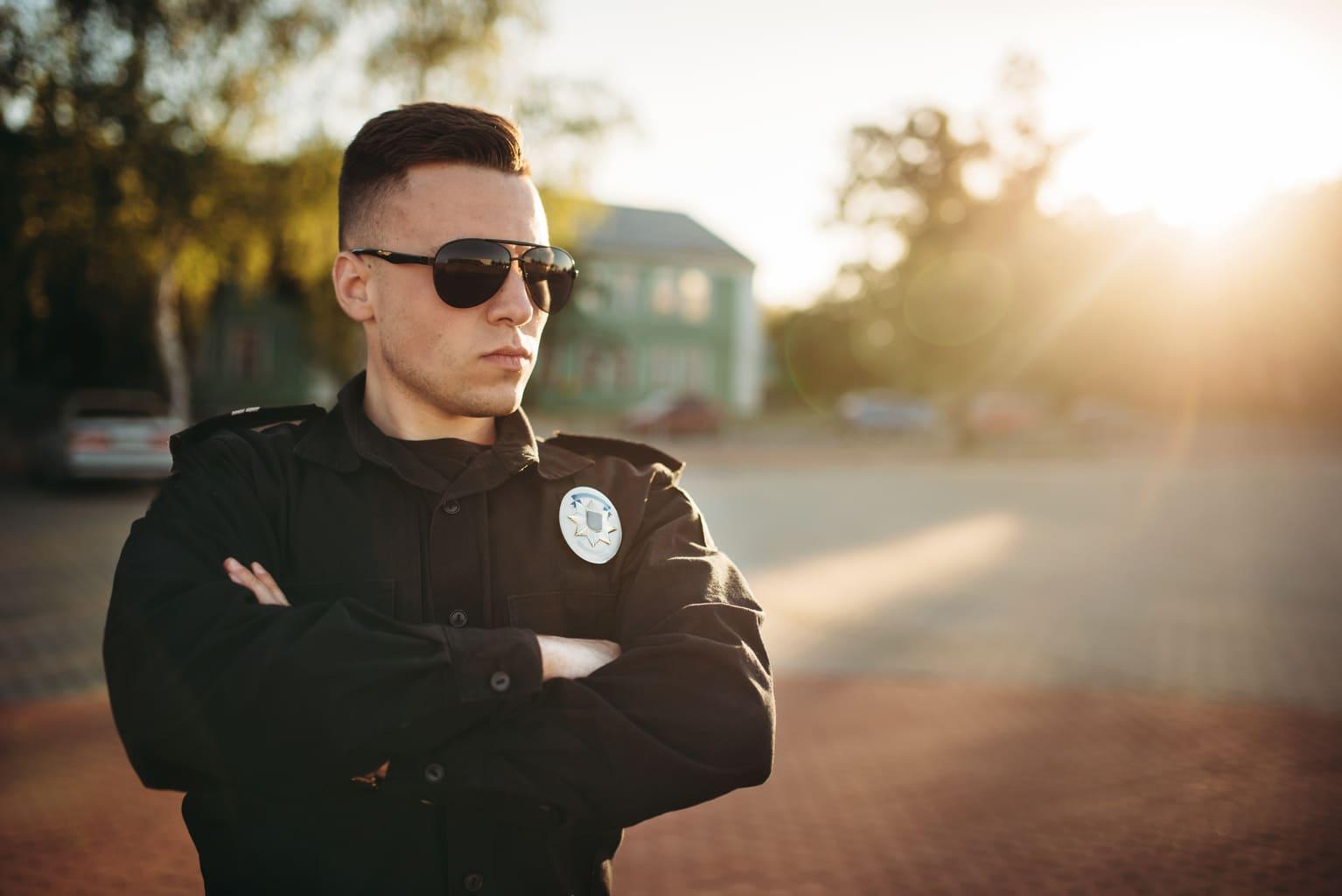 пошити поліцейську форму